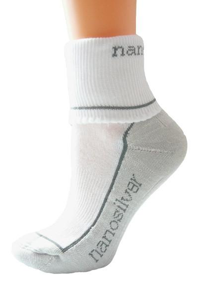 aef4898a376 Sportovní ohrnovací ponožky se stříbrem nanosilver. bílé